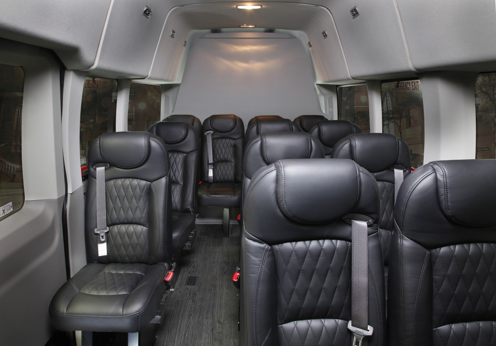 2019 Ford Transit Passenger Luxury