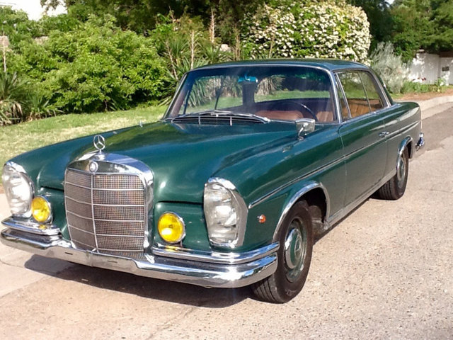 1966 Mercedes-Benz 250