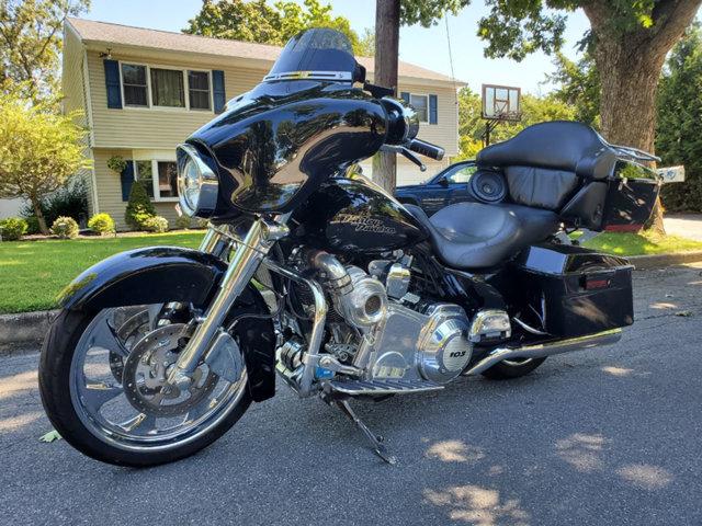 2013 Harley-Davidson FLHX