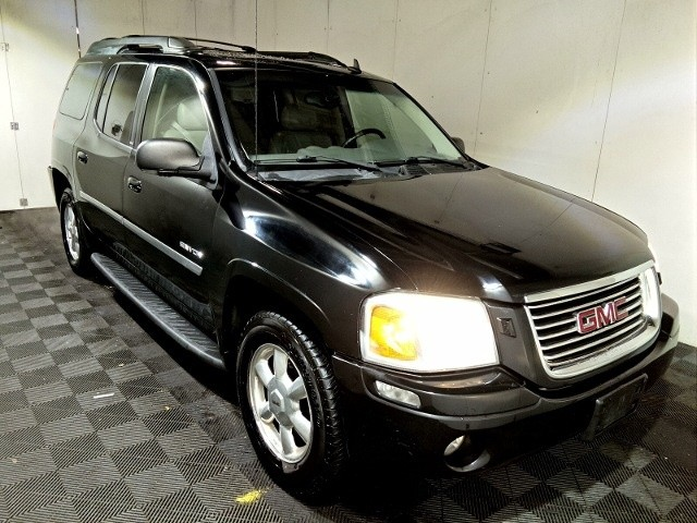 2006 GMC Envoy  7 PASSENGER SEATING