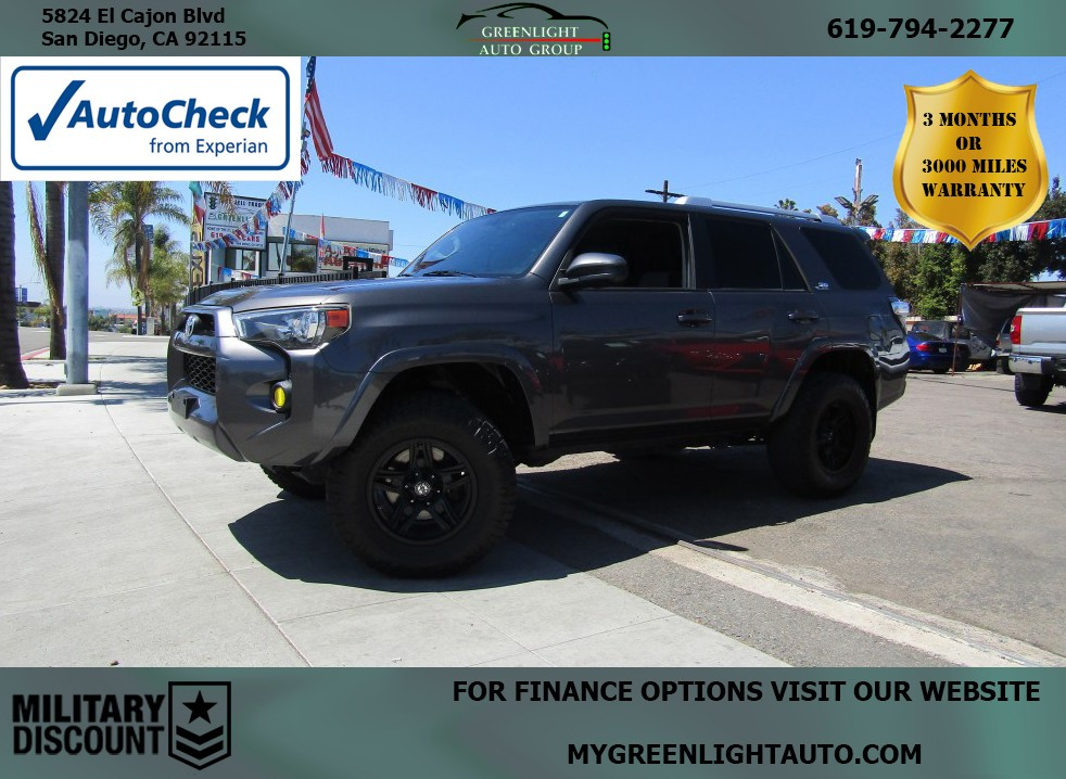 2014 Toyota 4Runner w/3rd Row Seating