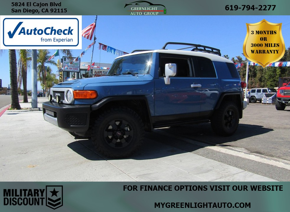 2011 Toyota FJ Cruiser 4WD Off-Road Package