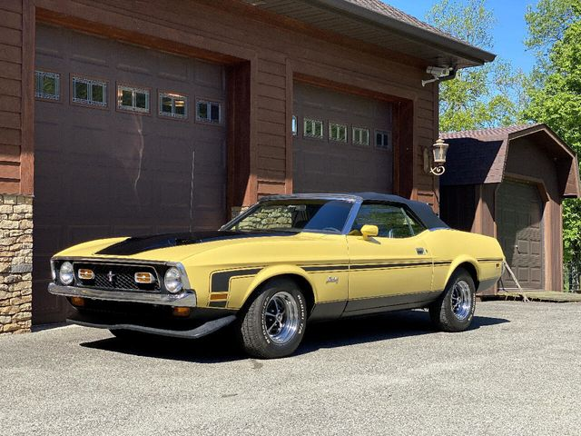 1972 Ford Mustang GT Convertible