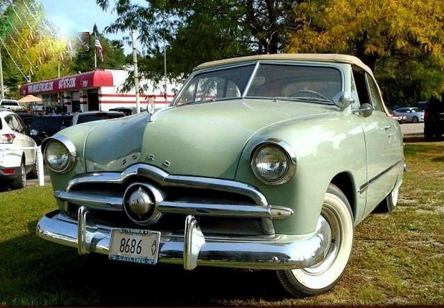 1949 Ford Crestline